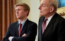 Chánh văn phòng của ông Trump từ chức, ai sẽ thay thế?