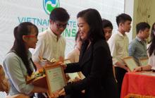 VWS trao 20 suất học bổng cho sinh viên nghèo, vượt khó