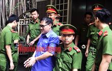 Bác sĩ tuyên truyền chống phá Nhà nước lãnh 4 năm tù