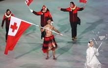 Nam thần xứ Tonga làm điên đảo Thế vận hội mùa Đông
