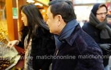 Rộ ảnh bà Yingluck cùng người anh mua sắm tại Trung Quốc