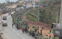 Độc đáo đi chợ vùng cao Quảng Trị ngày giáp Tết