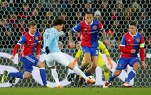 Tottenham ngược dòng lấy điểm Juventus, Man City đại thắng Basel
