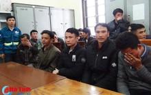 Đốt pháo dịp giao thừa, 33 người ăn Tết ở đồn công an