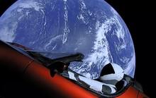 Xe điện không gian của Elon Musk có thể đâm vào trái đất