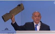 Thủ tướng Israel đưa mảnh vỡ máy bay tới hội nghị Đức vỗ mặt Iran