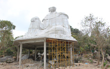 Lén lút xây tượng Bà Chúa Xứ Núi Sam thứ 2 trong đêm