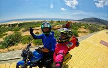 Ghen tỵ với chuyến phượt xuyên Việt bằng xe máy của cặp đôi Hà thành