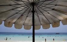Du khách bị phạt gần 3.200 USD nếu hút thuốc ở Thái Lan