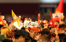 CĐV tấn công tình cảm với U23 Việt Nam