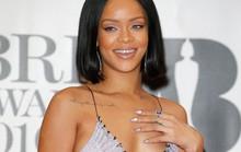 Ca sĩ bốc lửa Rihanna là một Gooner thật sự