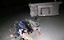 Tông đuôi xe đầu kéo đỗ bên đường, người đi xe máy tử vong