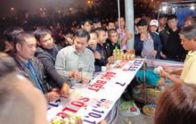 Đỏ đen công khai trong đêm khai ấn đền Trần