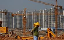Trung Quốc ôm bom nợ