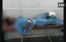 Kinh dị cảnh lấy chân bị cắt bỏ của bệnh nhân làm... gối đầu