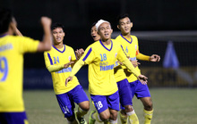 HLV Bùi Văn Đông: U19 Đồng Tháp xứng đáng vào chung kết bằng nỗ lực phi thường