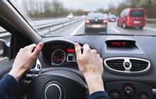 Đi cố khi bình xăng cạn gây hại cho ô tô thế nào?
