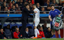 Cúp FA cũng khó cứu Conte!
