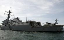 Tàu chiến Mỹ áp sát đảo nhân tạo Trung Quốc xây phi pháp
