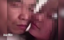 Trung Quốc: Hôn nữ sinh học kèm, thầy giáo mất việc