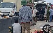 Xe khách tông liên hoàn 2 xe máy, 4 người thương vong