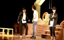 Đạo diễn trẻ sân khấu hóa rồng