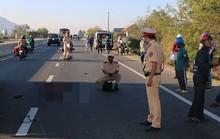 Chạy xe máy từ quê vào TP HCM, một thanh niên tử vong vì tông xe tải