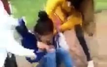 Khởi tố vụ nữ sinh lớp 11 bị lột đồ, đánh hội đồng