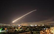 Vụ Mỹ và đồng minh không kích: Syria bắn 40 tên lửa nhưng không trúng quả nào?