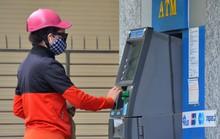 Tránh bị đánh cắp thông tin thẻ ATM