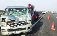 Xuống kiểm tra xe, tài xế bị xe cẩu tông tử vong