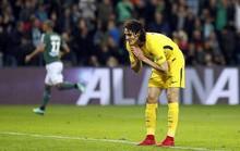 Cavani hỏng ăn khó tin, PSG lỡ cơ hội đăng quang sớm