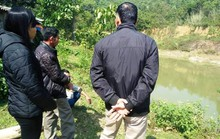 3 bé trai đuối nước thương tâm khi bà ra sau nhà thu hoạch sả