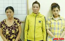 Đi chơi thiếu tiền xài, 3 nữ quái vào chùa trộm tiền