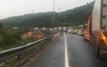 Tai nạn liên hoàn, hầm Hải Vân tê liệt gần 3 giờ