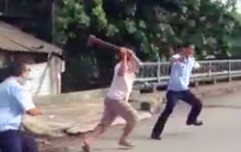 [VIDEO]  Cán bộ đô thị quận Bình Tân bị chém khi dẹp vỉa hè