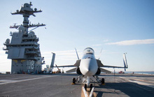 Vì sao siêu tàu sân bay Mỹ gặp sự cố giữa biển?