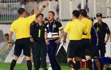 Hà Nội FC bị 2 thẻ đỏ: Trọng tài không bênh HAGL