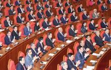 Bế mạc Hội nghị Trung ương 7: Kiểm soát quyền lực, chống chạy chức
