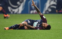 Tuyển Brazil mất Alves trước thềm World Cup 2018