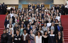 82 sao nữ biểu tình chống bất bình đẳng giới ở Cannes