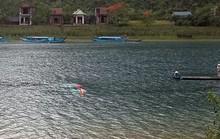 Lốc xoáy đánh úp 2 thuyền chở 21 du khách tham quan, 1 người tử vong