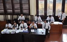 Luật sư của bác sĩ Hoàng Công Lương nói Bộ Y tế biên tập câu hỏi của cơ quan điều tra