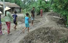 Vận động dân đóng tiền làm đường rồi mang nộp kho bạc