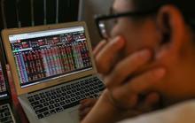 VN-Index thủng 1.000 điểm: Nhà đầu tư xanh mặt