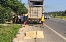 Đi khám về bị xe tải tông, vợ mang thai tử vong, chồng nguy kịch