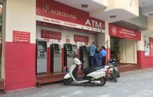 Lại thêm ngân hàng tăng phí giao dịch, người dùng phát hoảng