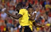 Lukaku lập cú đúp, Bỉ thót tim với chấn thương Hazard