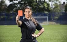 Vợ tuyển thủ Anh tham gia lực lượng trợ lý VAR ở World Cup