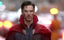 Benedict Cumberbatch đánh 4 tên côn đồ, cứu người